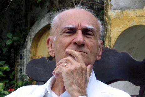 Morre aos 87 anos o escritor Ariano Suassuna