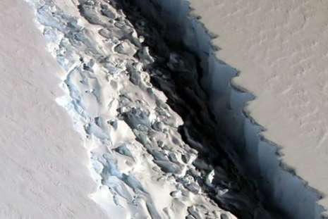 Iceberg gigante ameaça se desprender da Antártida