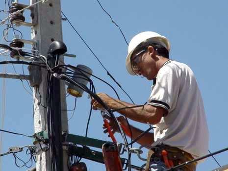 Energia elétrica pode voltar a ser cortada a partir desta segunda-feira