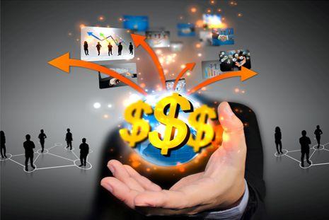 Setor privado financia crise e bancos públicos se retraem